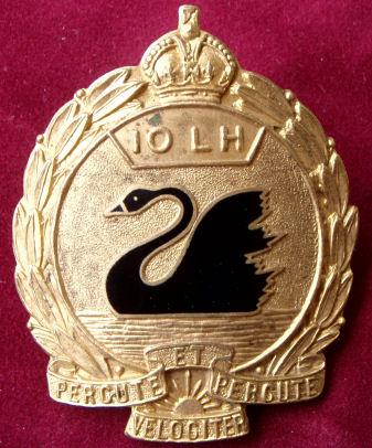 Знак на шляпу военнослужащих 10-го полка легкой кавалерии.