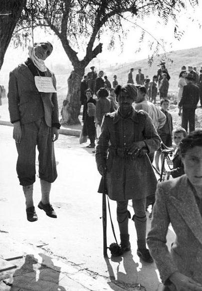 Казнь греческого солдата. 1943 г.