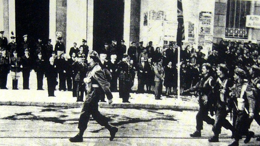 Солдаты 3-й горной прокоммунистической бригады «Римини» на параде в Афинах, ноябрь 1944 г.