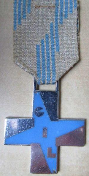 Аверс Голубого креста заслуг GIL.