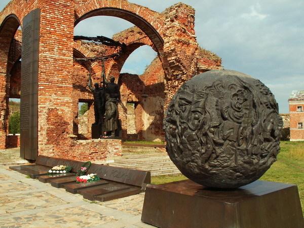 Памятник «Орешек».