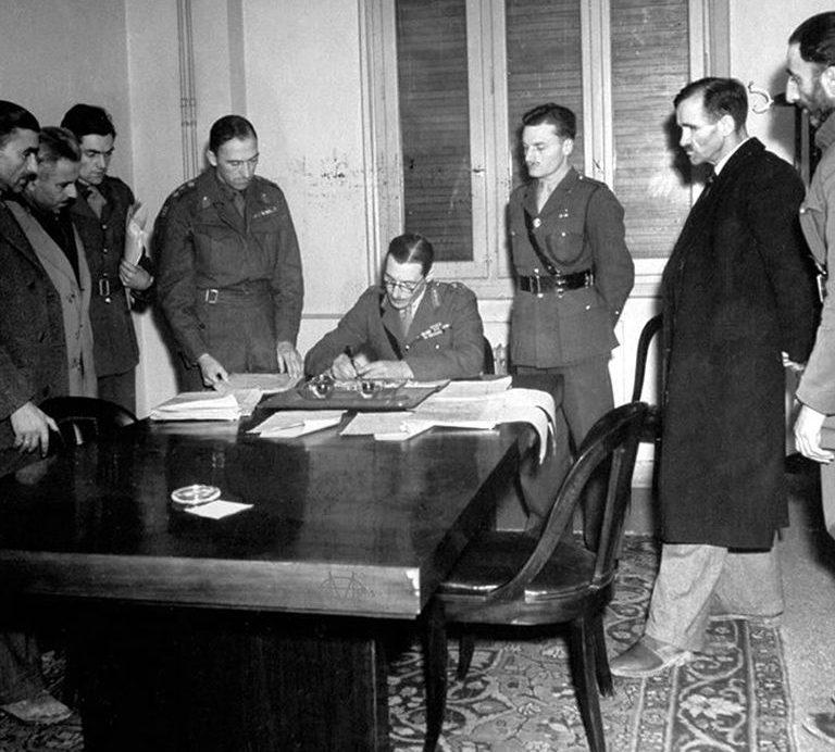 Подписание перемирия в Гражданской войне. Январь 1945 г.