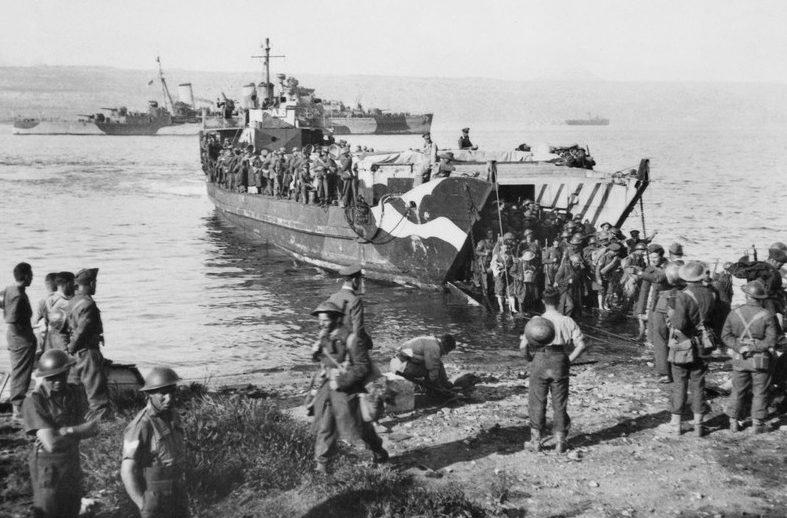 Высадка британских войск на остров Крит. Май, 1945 г.