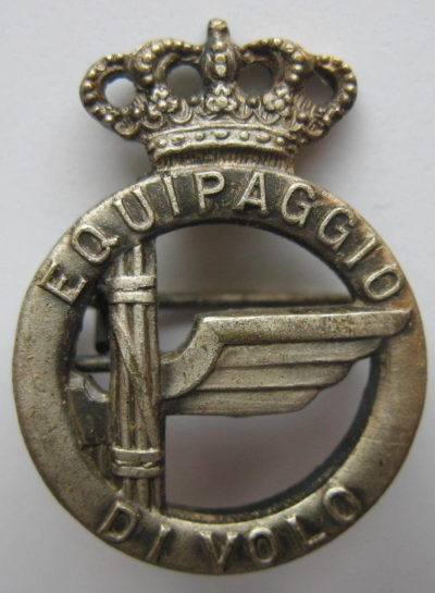 Аверс и реверс знака экипажа самолета в серебре. Королевство.