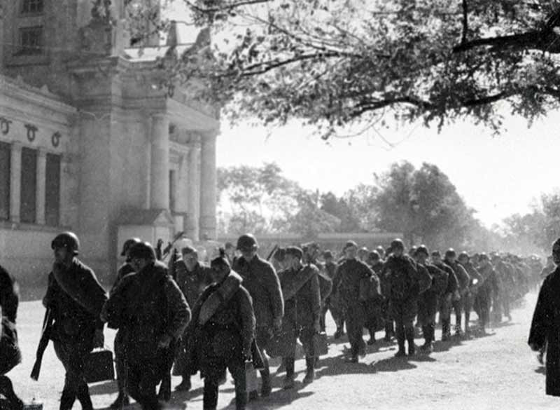 На фронт. Октябрь 1941 г.