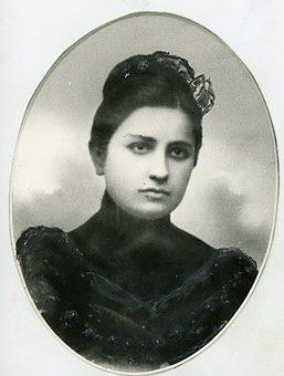 Сванидзе Екатерина (Като) Семёновна.