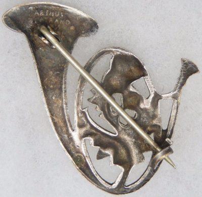 Аверс и реверс знака 5-го батальона егерей.