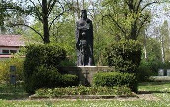 Коммуна Грабен-Нойдорф. Памятник погибшим землякам в обеих мировых войнах.