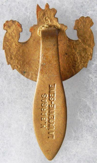 Аверс и реверс знака ассоциации ветеранов Парижа.