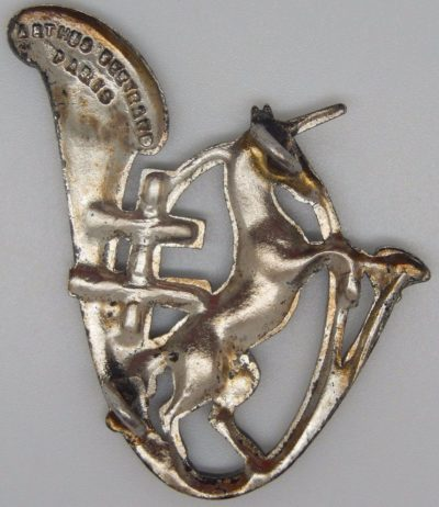 Аверс и реверс знака 10-го батальона егерей.