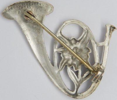 Аверс и реверс знака 11-го батальона егерей.