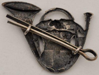 Аверс и реверс знака 13-го батальона егерей.