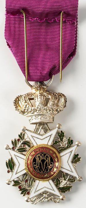 Аверс и реверс знака Кавалера Ордена Леопольда I.