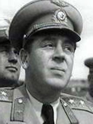 Василий Сталин на вершине «Олимпа».