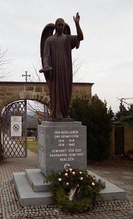 Коммуна Мальш. Памятник погибшим землякам в обеих мировых войнах.