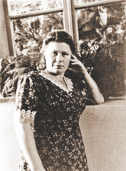 Валентина Истомина – сестра-хозяйка при Сталине.
