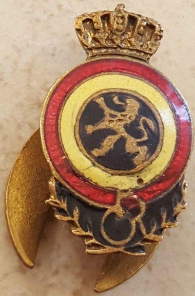 Петличный знак Королевской федерации бывших унтер-офицеров.