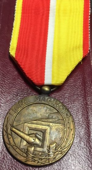 Аверс и реверс медали Линия Мажино.