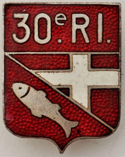 Аверс и реверс знака 30-го пехотного полка.