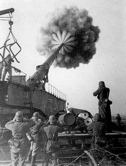 «Дора» обстреливает Севастополь. Февраль-март 1942 г.