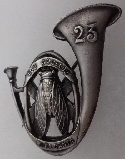 Аверс и реверс знака 23-го батальона егерей.