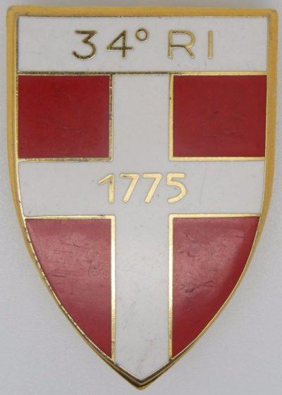 Аверс и реверс знака 34-го пехотного полка.