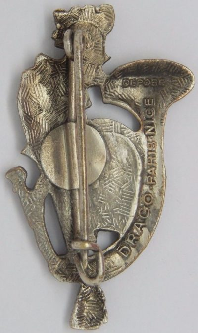 Аверс и реверс знака 25-го батальона егерей.