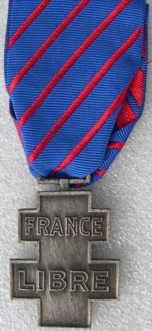 Аверс и реверс медали добровольной службы в рядах Свободной Франции.