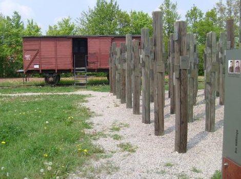 г. Швебиш-Халль. Памятник на месте концлагеря Хессенталь, в котором погибло 182 заключенных.