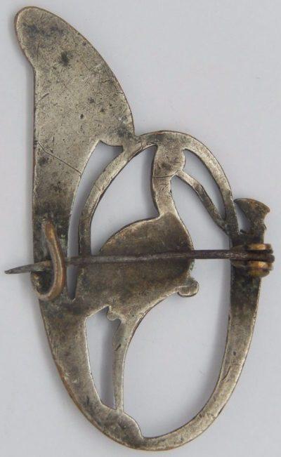 Аверс и реверс знака 31-го батальона егерей.