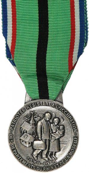 Аверс и реверс медаль патриотов сопротивления оккупации департаментов Рейн и Мозель 1939-1945.