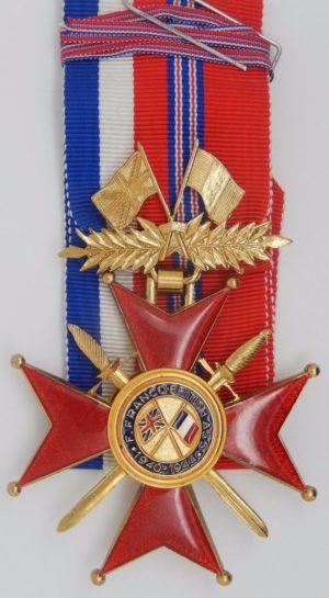 Знак Командора Почетного креста Ассоциации Франко-Британской дружбы.