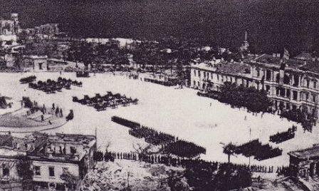 Парад немецко-румынских войск Нахимовская площадь. 5 июля 1942 г.
