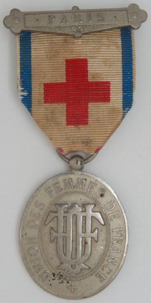 Аверс и реверс знака UFF Французского Красного Креста.