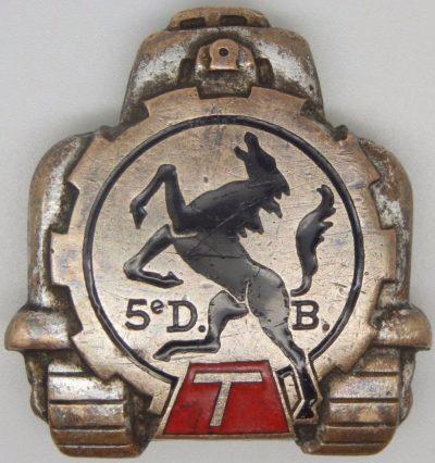 Аверс и реверс знака командования 5-й бронетанковой дивизии.