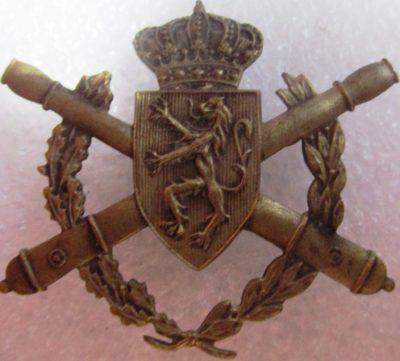 Знак военного артиллерийского училища.