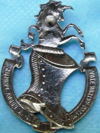 Аверс и реверс знака Военной академии бронетанковых войск.