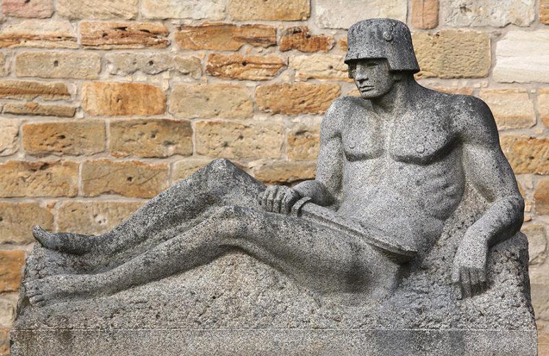 г. Эшенбах Мемориал павшим немецким солдатам в обеих мировых войнах.