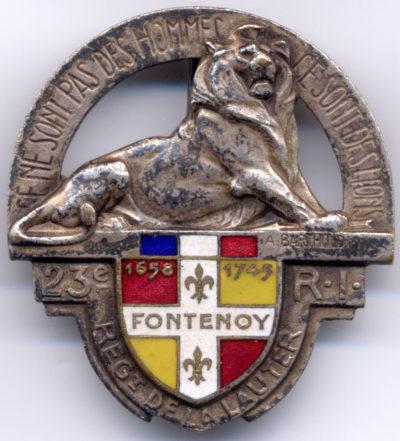 Знаки 23-го пехотного полка крепости.