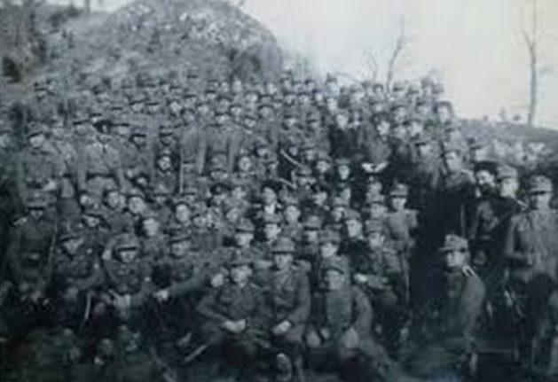 Коллективная фотография солдат полка. Югославия.1944 г.