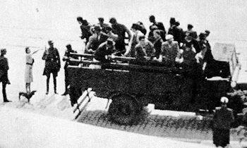 «Отлов» остарбайтеров на улицах Варшавы. 1941 г.
