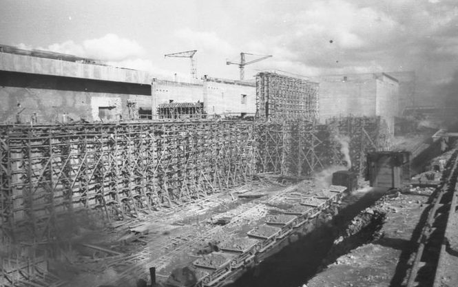 Строительство бункеров.