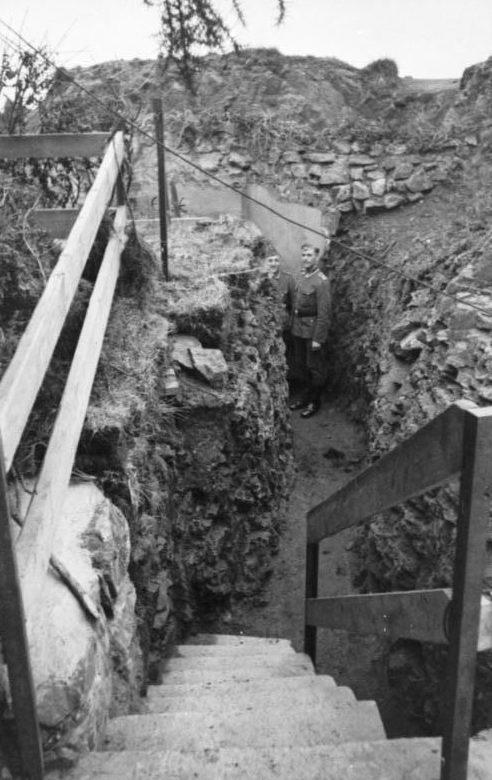 Бункер береговой батареи в Грабене. Нормандские острова. 1940 г.