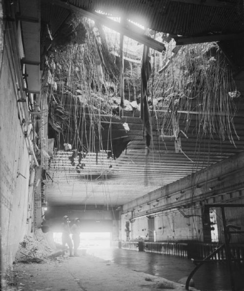 Разрушения бункера «Valentin».