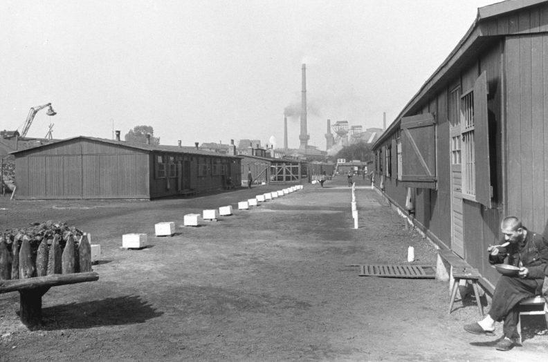 Лагерь для советских остарбайтеров.