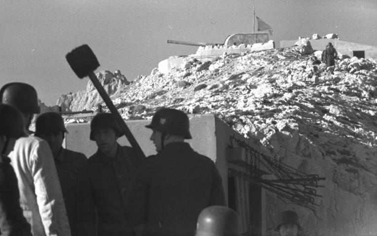 Строительство бункеров. Нормандия. 1942 г.