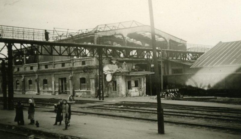 Разрушенный корпус вокзала ст. «Ростов главный». 1941 г.