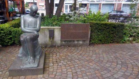 г. Бохольт. Памятник жертвам немецких концлагерей.