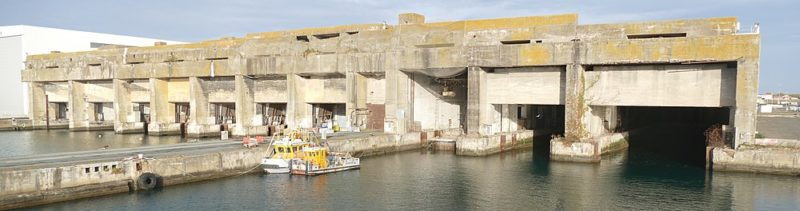 Бункер для подводных лодок.