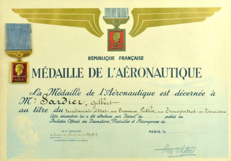 Свидетельство о награждении медалью аэронавтики.